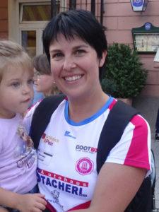 -rtr-weiz-Angelika_Ackerl-225x300-Team Läufer Walker