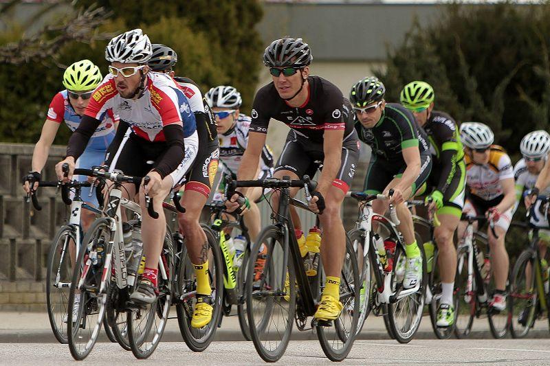 Rennrad und MTB -rtr-weiz-kb15_chris3-Kirschblütenrennen in Wels 2015