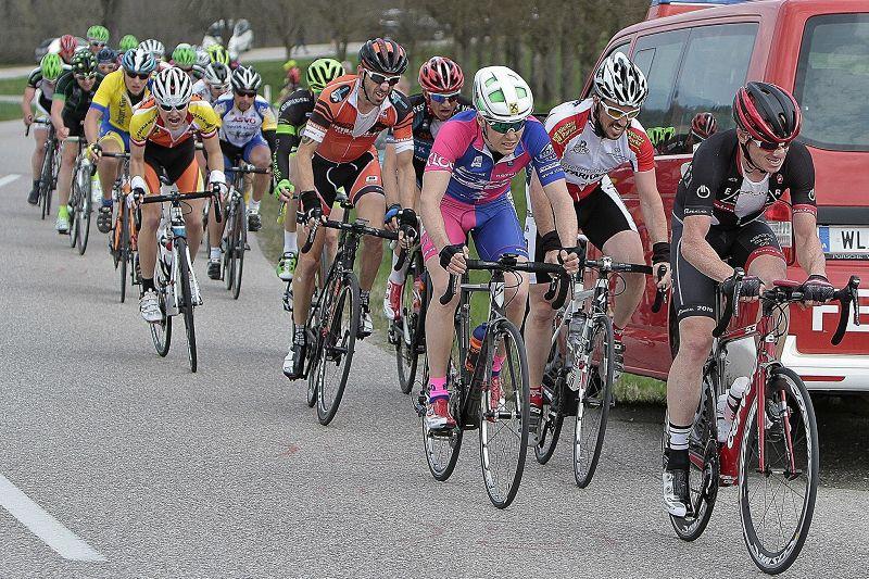 Rennrad und MTB -rtr-weiz-kb15_chris7-Kirschblütenrennen in Wels 2015