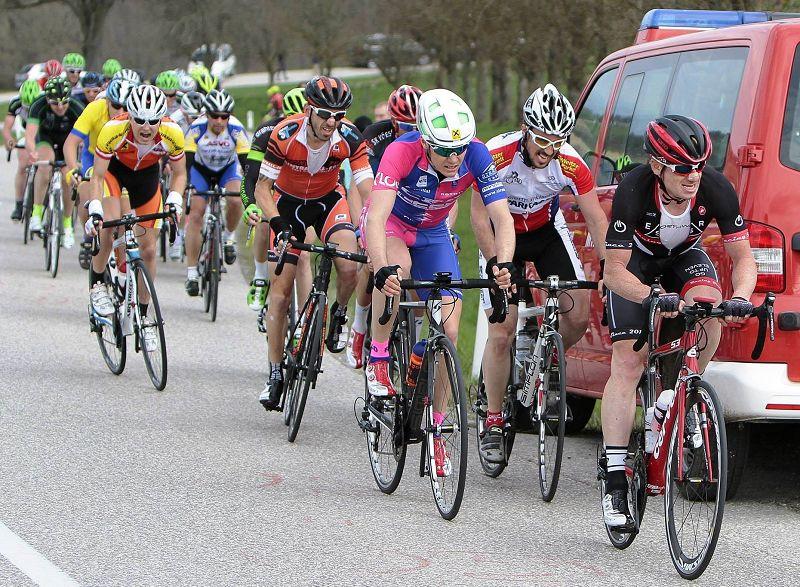 Rennrad und MTB -rtr-weiz-kb15_chris8-Kirschblütenrennen in Wels 2015