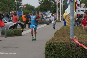 Triathlon -rtr-weiz-podersdorf-15_DSC03464-300x199-Allmen Triathlon Podersdorf 2015
