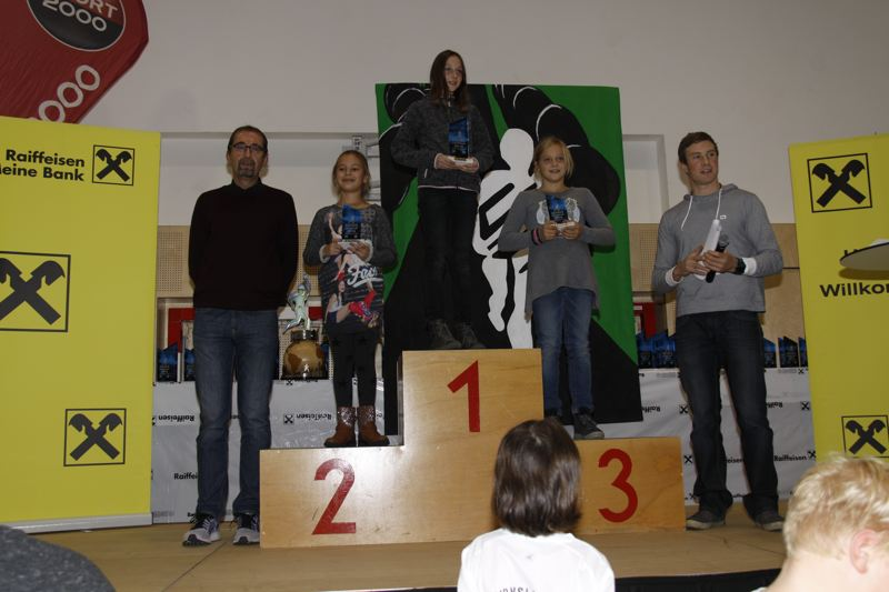 Allgemein Laufen Nordic Walking -rtr-weiz-17-Siegerehrung Weizer Bezirkslaufcup - Gasen 2016