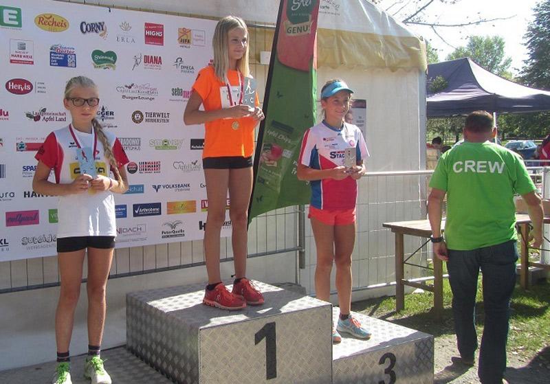 Laufen -rtr-weiz-vivien-t-5. Steiermark Genuss Apfel Lauf + STM im Halbmarathon 2017