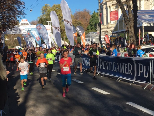 Laufen -rtr-weiz-WhatsApp-Image-2017-10-07-at-20.24.58-Small-24. Graz Marathon 2017