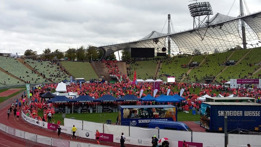 Laufen -rtr-weiz-WhatsApp-Image-2017-10-09-at-21.24.32-Small-München Marathon und Marathonreise 2017