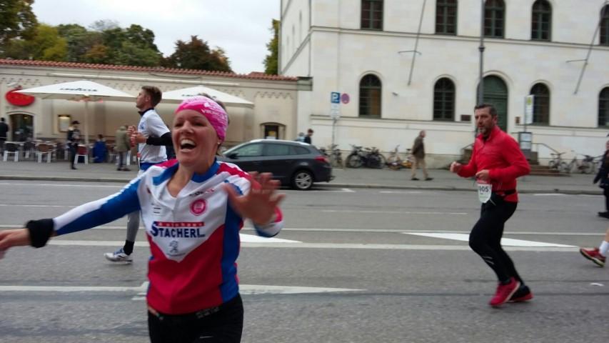 Laufen -rtr-weiz-WhatsApp-Image-2017-10-09-at-21.24.36-Small-München Marathon und Marathonreise 2017