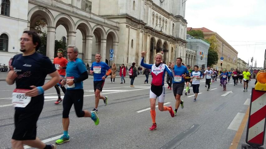 Laufen -rtr-weiz-WhatsApp-Image-2017-10-09-at-21.24.41-Small-München Marathon und Marathonreise 2017