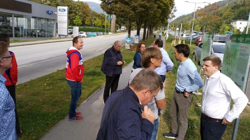 Allgemein -rtr-weiz-rtr-weiz-WhatsApp-Image-2021-09-30-at-13.43.482-1024x576-Pressekonferenz - Neue Lauf- & Gehwegschilder in Weiz